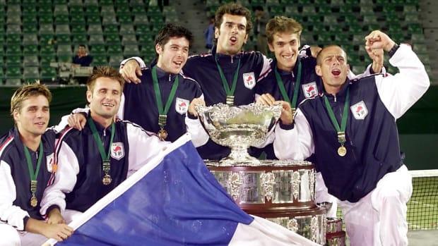 tbt davis cup 2001 lead.jpg