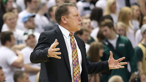 College Basketball Top 25: #21 Michigan St. image