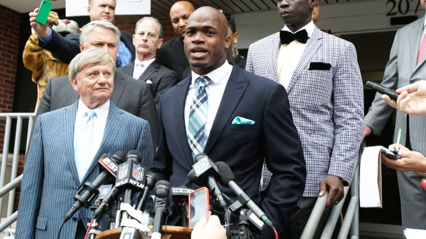 Will Adrian Peterson after Minnesota's bye week? - Image