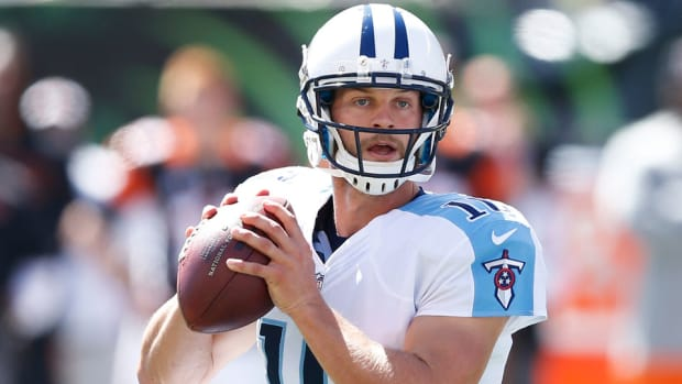 titans jake locker browns cheap shot