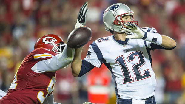 Patriots must drastically change offensive game plan