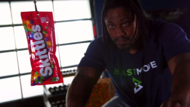 Seahawks Marshawn Lynch works Skittles into his training