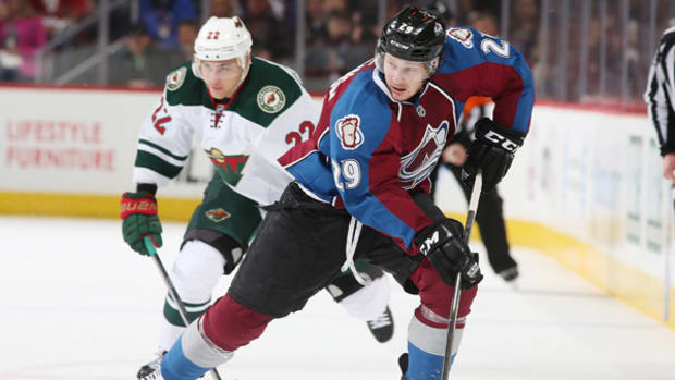 mackinnon-col-nhl-600.jpg