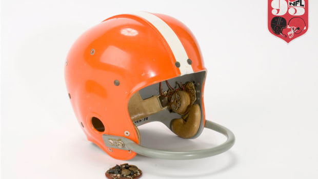 paul-brown-radio-helmet-with-logo-960.jpg