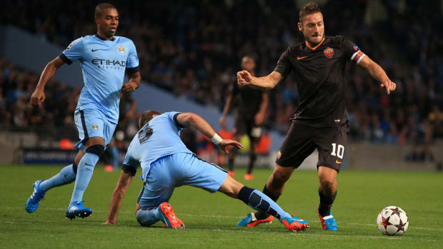 franceso totti manchester city tweet as roma champions league