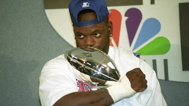 Emmitt Smith breaks down the challenges of repeating as Super Bowl champs - image