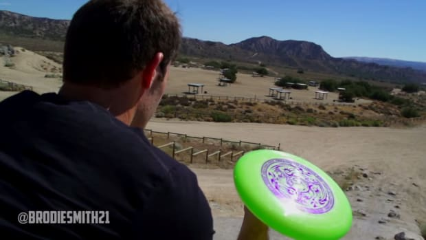 Brodie Smith nails Frisbee trick shots with the help of Subaru