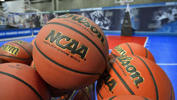 NCAA tournament committee could reveal some seeding information early IMAGE