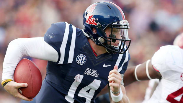 bo-wallace-ole-miss-tcu-peach-bowl-preview.jpg