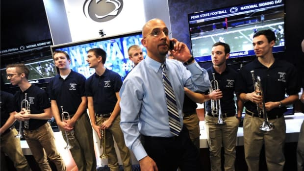 Penn States James Franklin hung up on by radio show as a prank caller