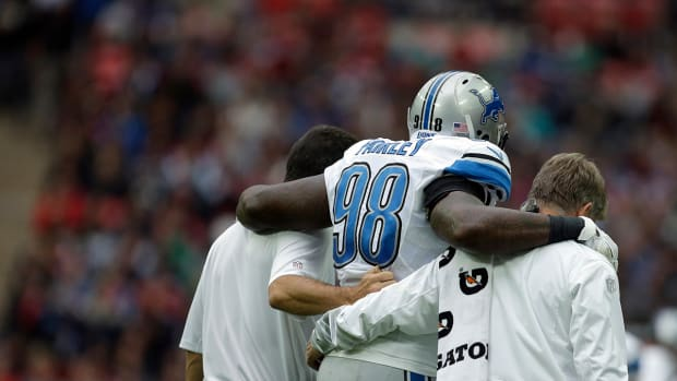 Lions' Nick Fairley out 4-5 weeks IMAGE