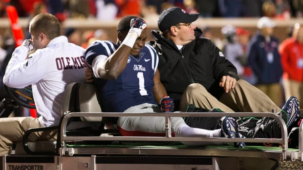 ole miss rebels laquon treadwell leg fracture