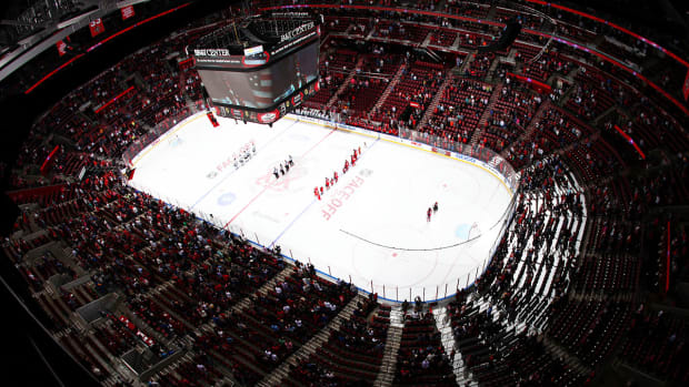 What does Florida's low attendance mean for NHL expansion?