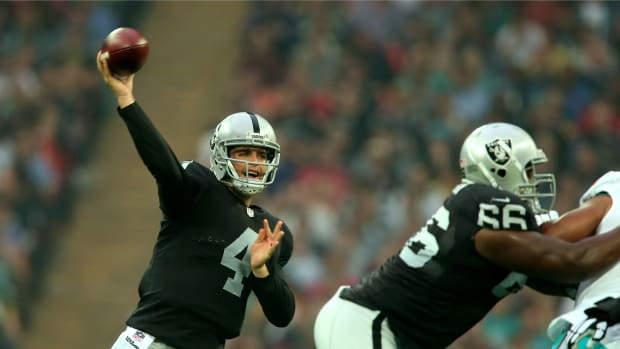 derek-carr-raiders-injury
