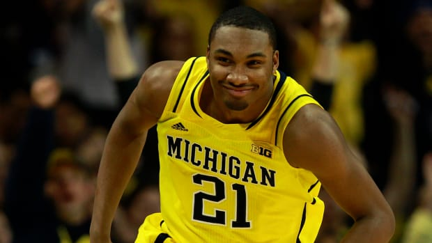 College Basketball Top 25: #24 Michigan image
