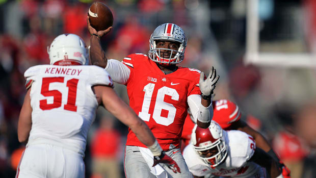 jt barrett top photo