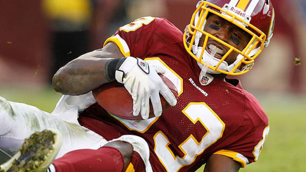 fred-davis-suspended-indefinitely-washington-redskins.jpg
