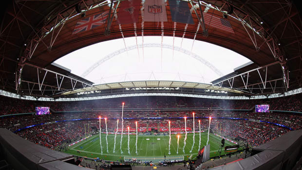 nfl two consecutive games london