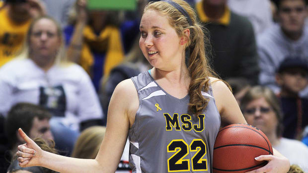 Lauren Hill honored with Wheaties box cover - Image
