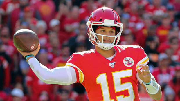 patrick-mahomes-returns-chiefs