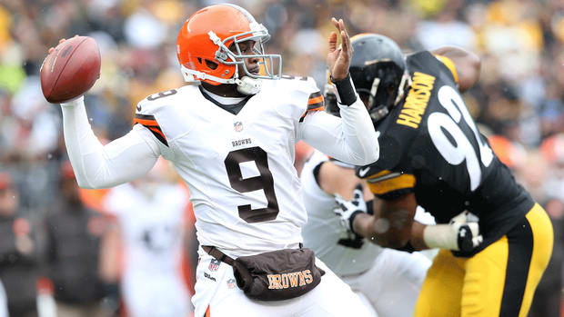 Quarterback Thad Lewis returns to Cleveland Browns