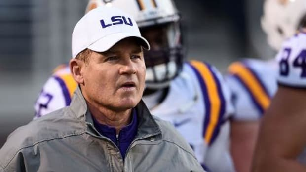 #DearAndy: Firing Les Miles, CFP trolls, and watching the world burn IMAGE