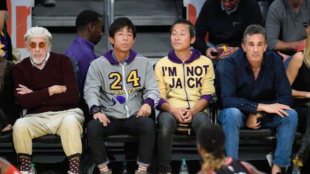 2015-1120-Los-Angeles-Lakers-fan-I'M-NOT-JACK.jpg