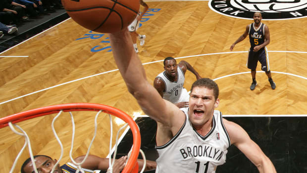 Report: Thunder, Nets, Hornets discussing Brook Lopez trade IMAGE
