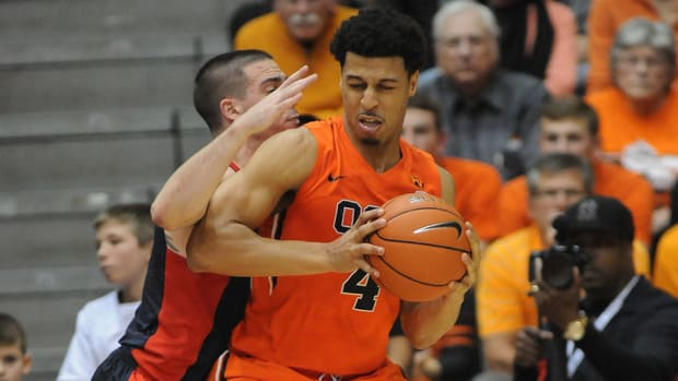 victor robbins Oregon State suspended
