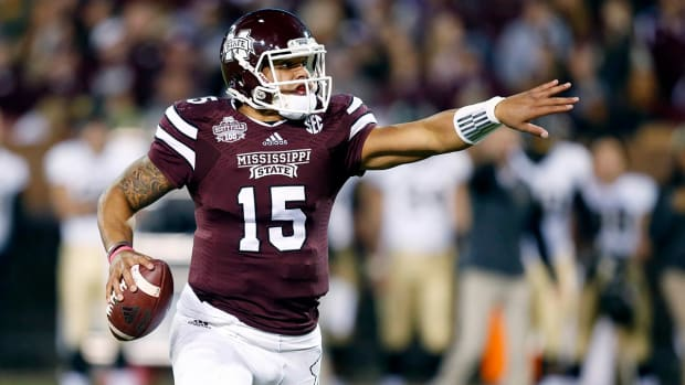 Dak Prescott to return to Mississippi State for senior season IMAGE