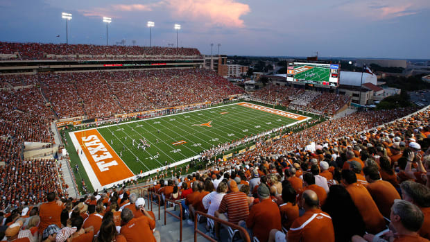 Texas rehires trusted media relations staffer fired by Steve Patterson - IMAGE