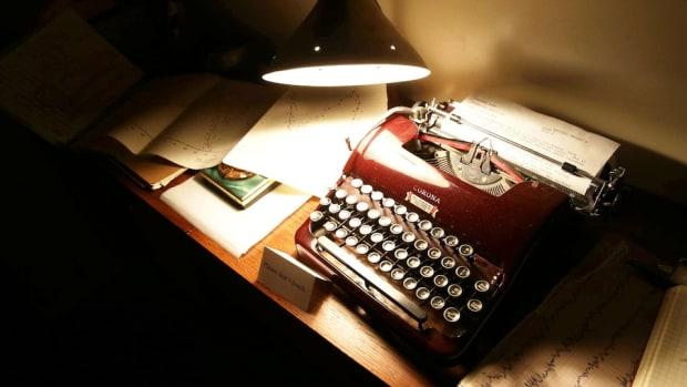 typewriter_lamp.jpg