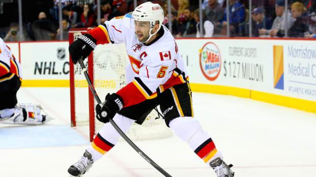 Calgary Flames Mark Giordano NHL trade deadline injured reserve
