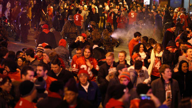 Report: Police pepper spray OSU fans after Championship win