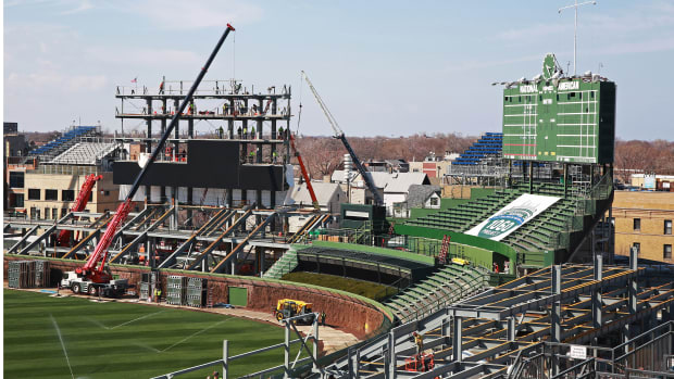 wrigley-field-construction-baghdad