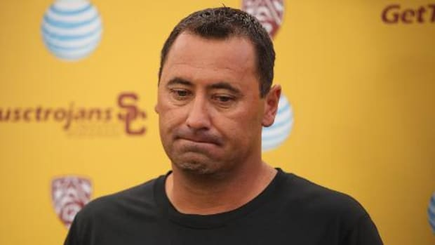 Former USC coach Steve Sarkisian suing school over firing - IMAGE