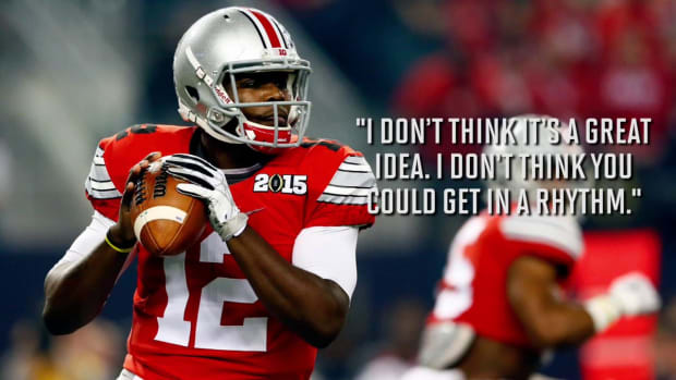 Ohio State quarterbacks Cardale Jones, J.T. Barrett opposed to splitting time--IMAGE