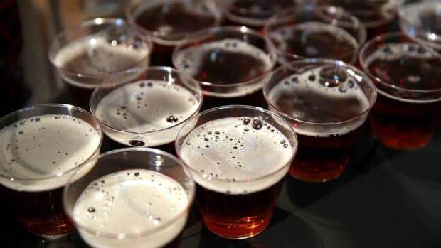 kansas-city-chiefs-free-beer-london.jpg