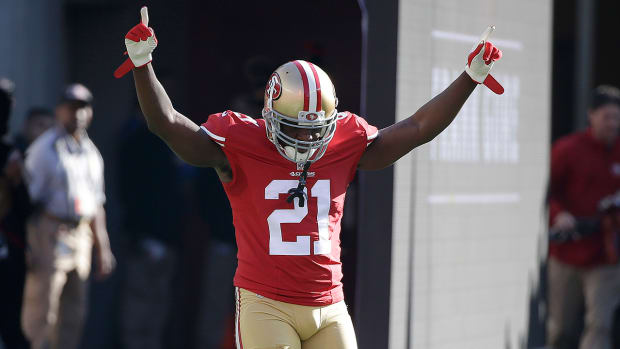 Report: Frank Gore reconsidering signing with Eagles IMAGE