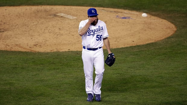 Kansas City Royals closer Greg Holland out for season with UCL tear -- IMAGE