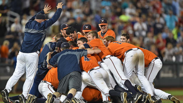Virginia defeats Vanderbilt in Game 3 to win program's first CWS title-- IMAGE