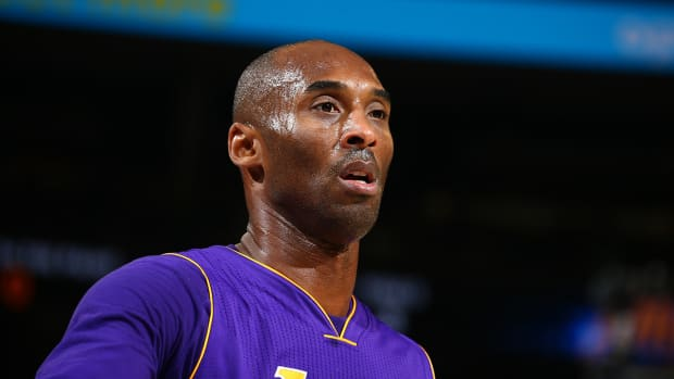 Kobe Bryant to Lakers coach Byron Scott: 'This might be my last year' - IMAGE