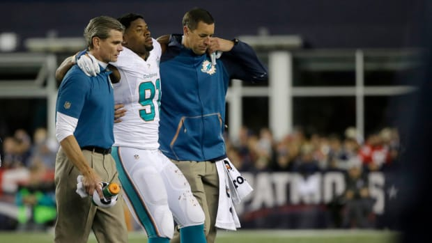 dolphins-cameron-wake-achilles-injury.jpg