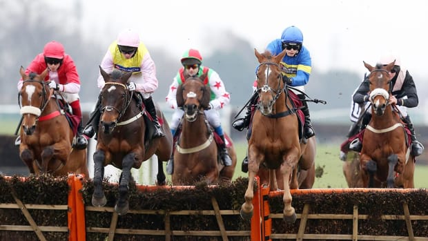 0-lead-horse-jumping_0.jpg