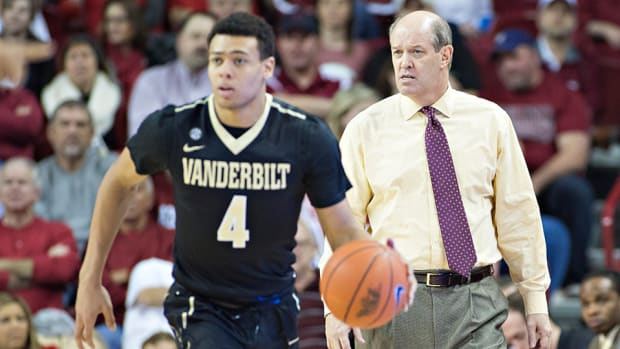 kevin-stallings-vanderbilt-2016-preview.jpg