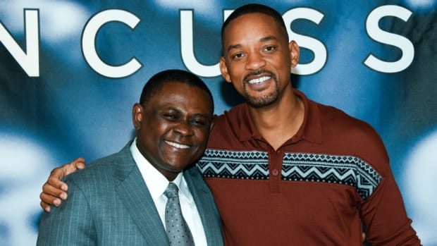 will-smith-bennet-omalu-concussion.jpg