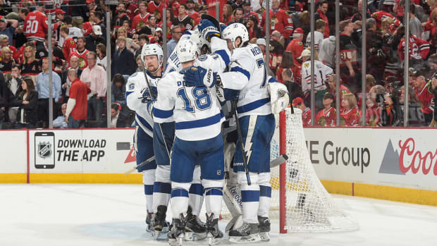 Lightning win Game 3 3-2 behind late goal from Paquette IMAGE
