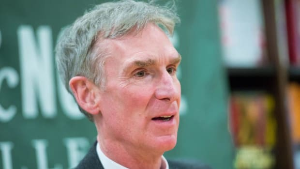 Bill Nye calls out Bill Belichick's science on Deflategate