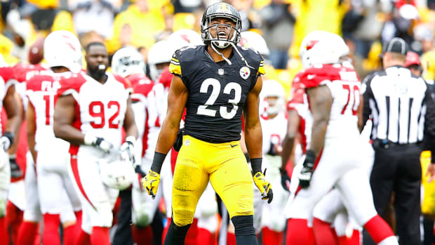mike-mitchell-pittsburgh-steelers-huddle-up.jpg