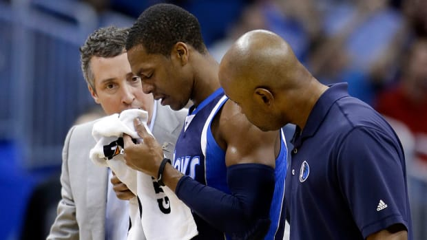2157889318001_4027766164001_Rajon-Rondo-out-after-knee-to-the-face.jpg